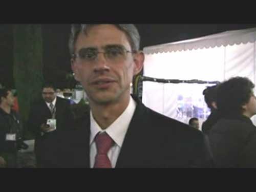 Entrevista a varias personalidades, entre ellas Rafael Riva-Palacio, Director of international cooperation and liaison.