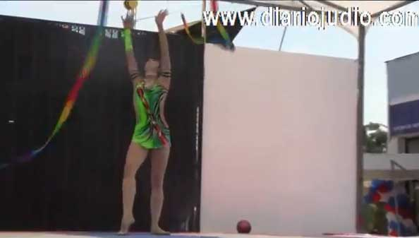 Cynthia Valdez, gimnasta mexicana, multimedallista, en el CDI