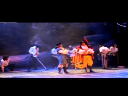 Garfio vencer� a Peter Pan en Interlomas